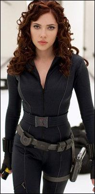 Scarlett Johansson (Viúva Negra)