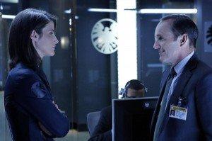 Cena do primeiro episódio de Agentes da S.H.I.E.L.D.