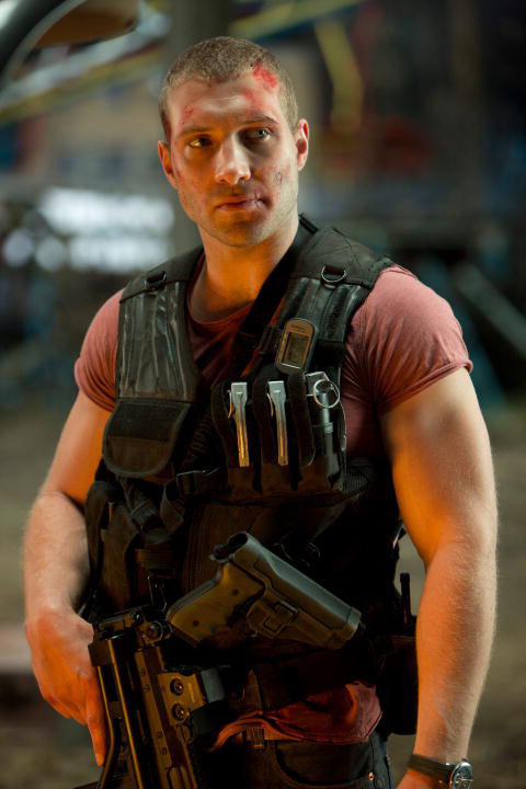 Jai Courtney ser  225  Kyle Reese em novo filme Exterminador do FuturoJai Courtney