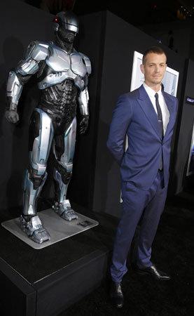 Joel Kinnaman na pré-estreia de Robocop