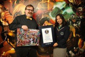 O editor Jordan D. White recebeu o prêmio do Guinness World of Records