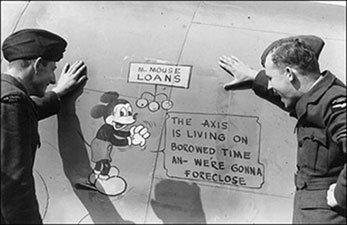 Mickey pintado em aviões do exército
