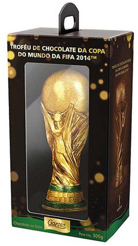 Ovo de Páscoa com Troféu da Copa do Mundo