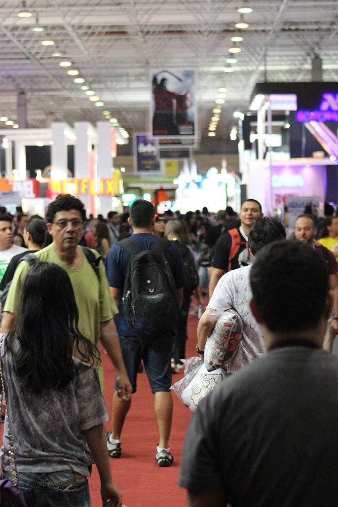 Público na Comic Con Experience