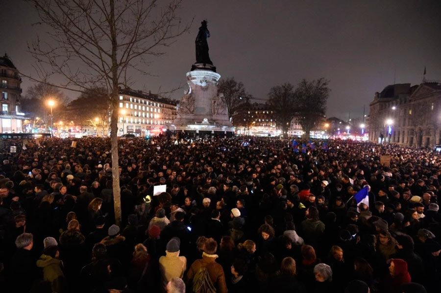 Vigília na Praça da República