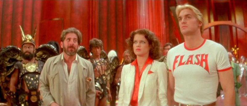 Dr. Hans Zarkov (Chain Topol), Dale Arden (Melody Anderson) e Flash Gordon (Sam J. Jones)