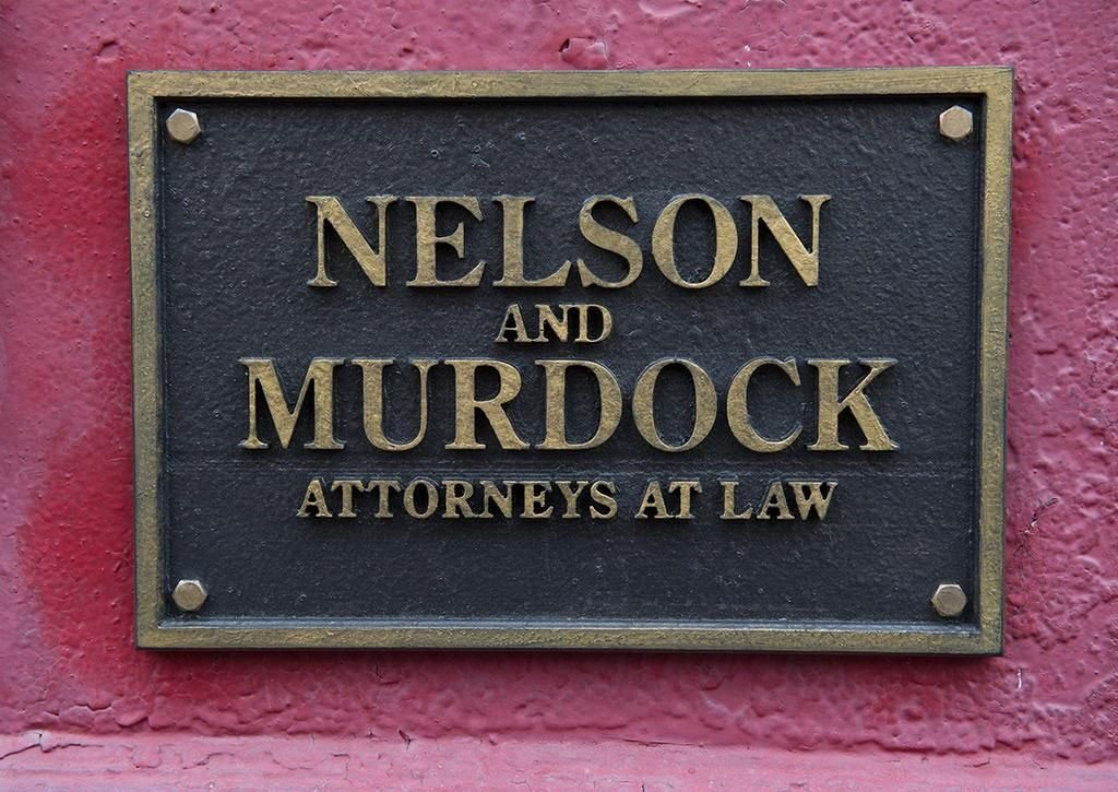 Placa da firma Nelson e Murdock