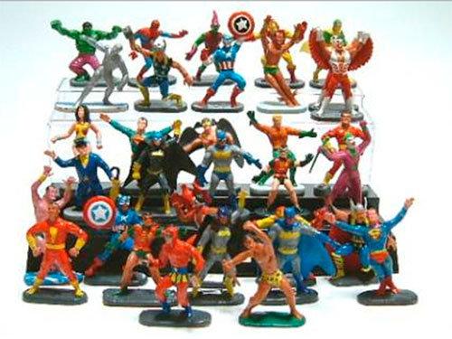 Bonecos Gulliver Marvel e DC