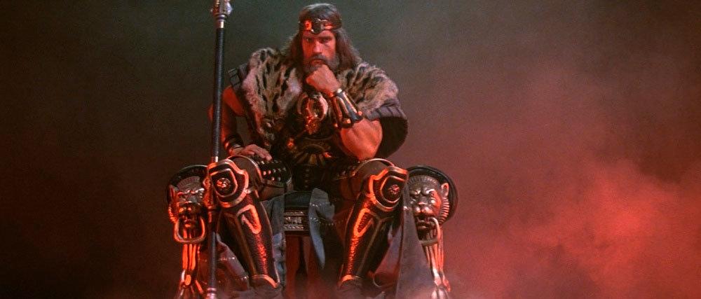 Arnold Schwarzenegger como Conan